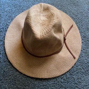 Tan fashion hat
